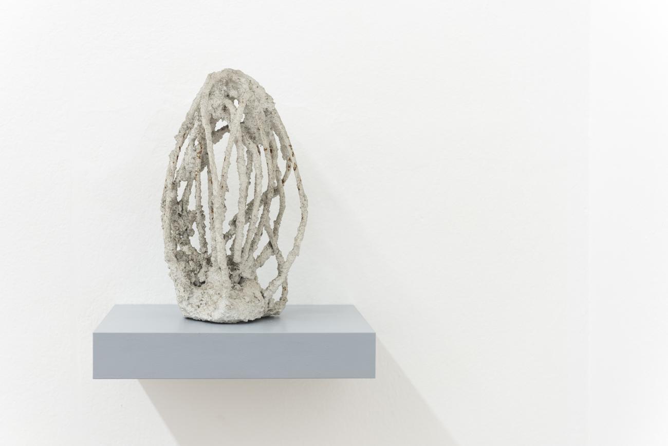 Alva Hajn - Untitled, 1980s, Concrete, wire, Height: 30 cm, Courtesy Gandy gallery