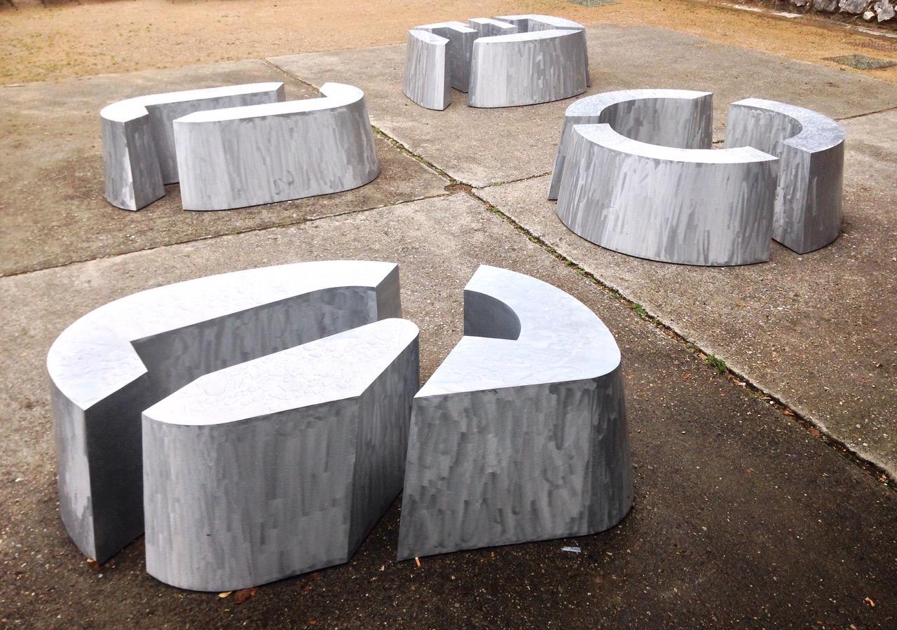 Agnès Thurnauer - Matrice/Assise (JOIE), 2018, Height: 45 cm, Aluminium, Courtesy Gandy gallery