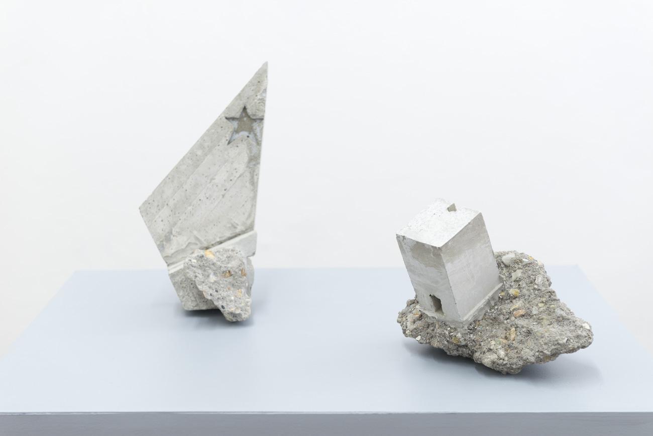 Claudiu Cobilanschi - AIRCHAEOLOGY, 2018 Beton brut, Courtesy Gandy gallery
